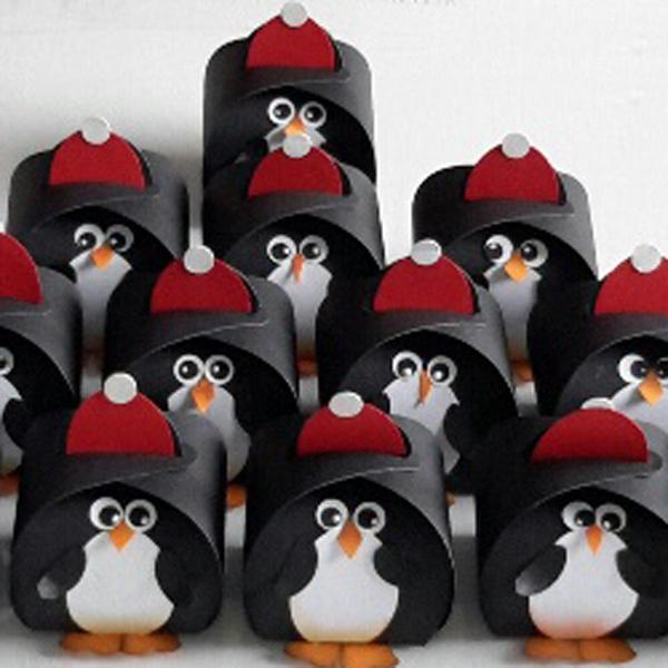 Curvy Keepsake Gift Box Pinguin2