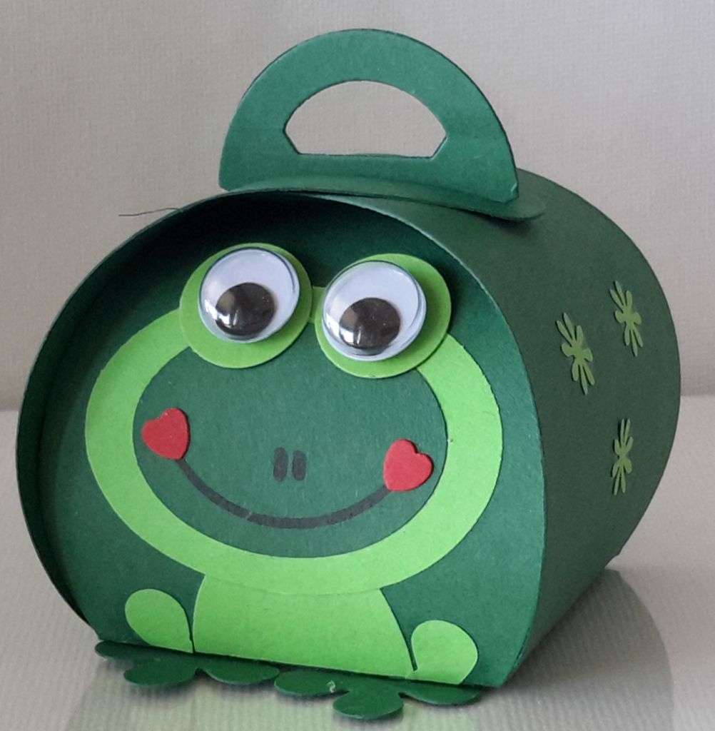 Curvy Keepsake Gift Box  Frosch 1