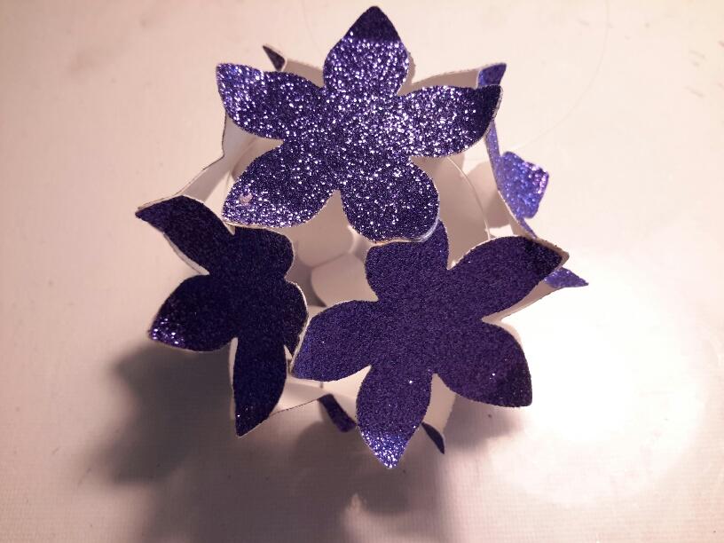 Blumenkugel klein einfach.
